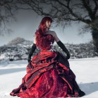 red-dress-snow2