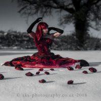 red-dress-snow4