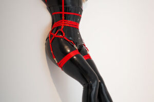 catsuit-straps5